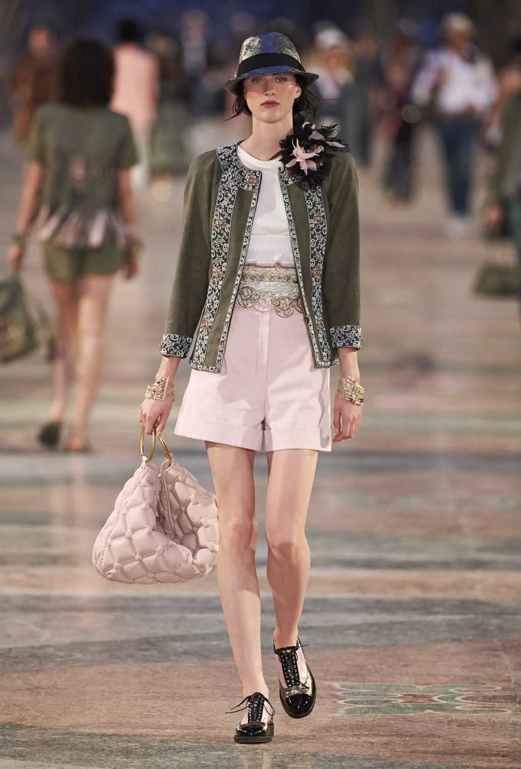 Chanel pre-summer 2017 shorts
