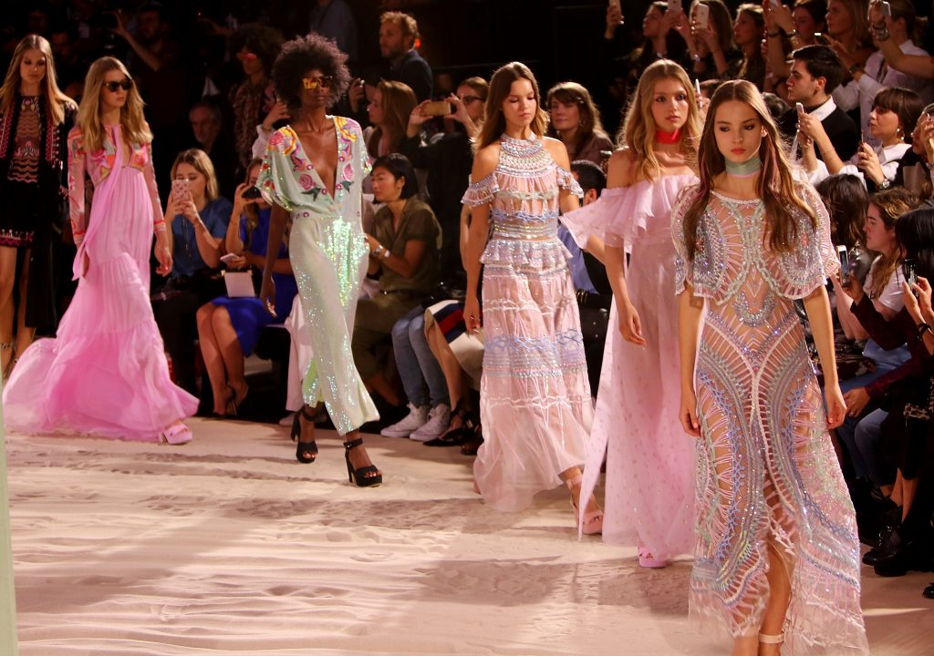 LONDON, ENGLAND - SEPTEMBER 18: Models walk the runway at the Temperley London x Vero SS17 Fashion Show at The Lindley Hall on September 18, 2016 in London, England. (Photo by David M. Benett/Dave Benett / Getty Images for Temperley London )