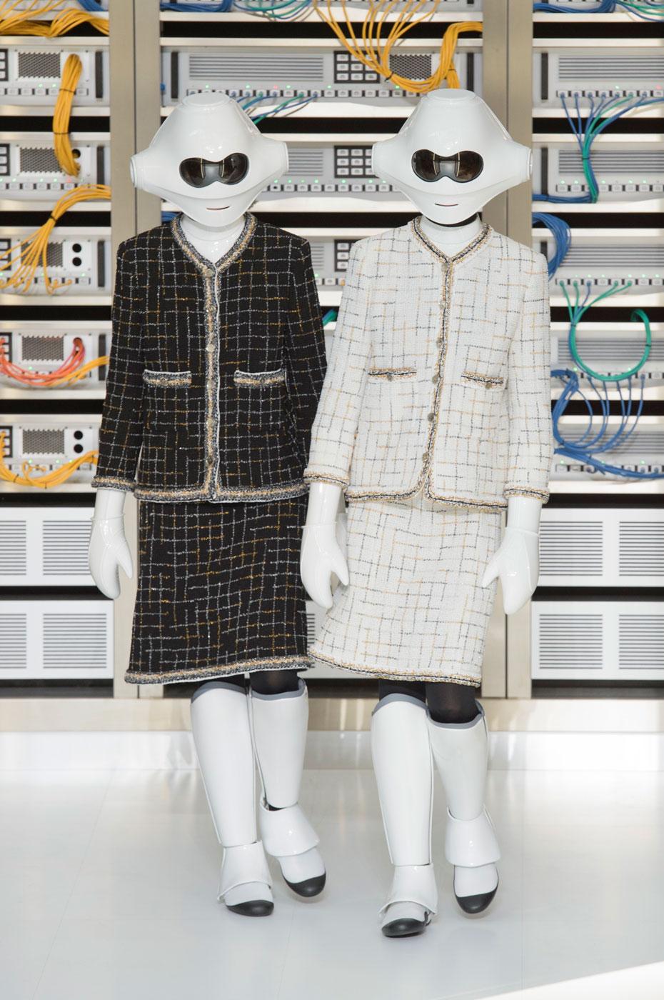 1077a6cf8 عرض أزياء شانيل لموسم ربيع وصيف 2017 في أسبوع باريس للموضة - Savoir ...