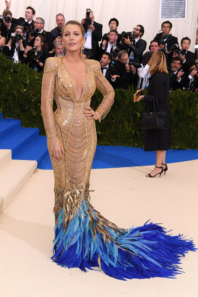 Blake Lively in Versace at Met Gala 2017
