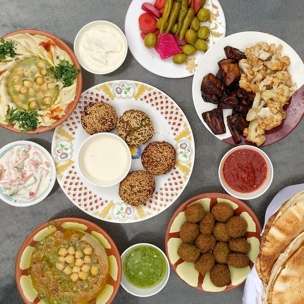 middle-eastern-food-tour-frying-pan-adventures